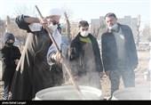 پخت و توزیع 72 دیگ غذا به یاد حاج قاسم در بجنورد به روایت تصاویر