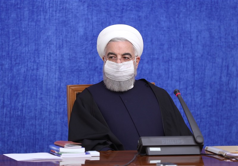 روحانی: هدف العدو من العقوبات منع الاستثمار فی تنمیة البنیة التحتیة وتقدم البلاد