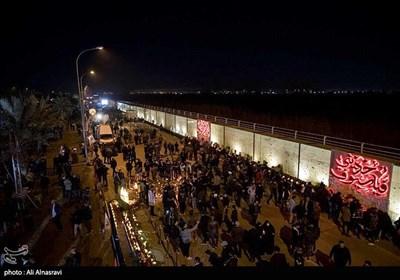 Iraqis Keep Vigil in Commemoration of Gen. Soleimani, Al-Muhandis