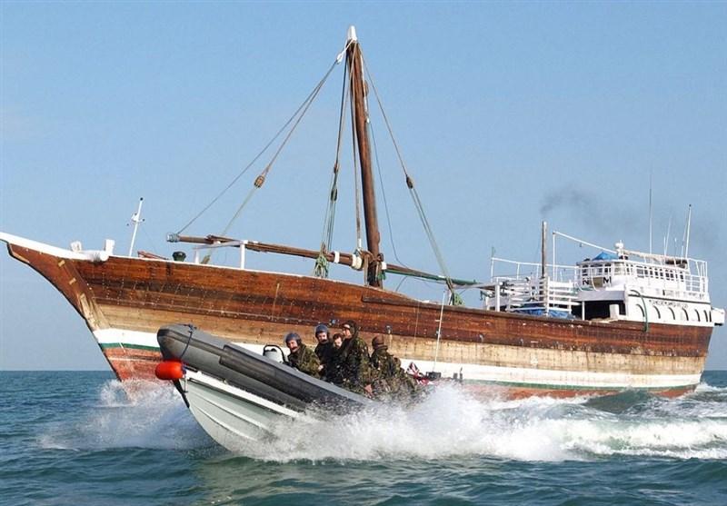 34 فروند شناور صیادی فاقد هویت و صید غیرمجاز در آبهای استان بوشهر توقیف شد