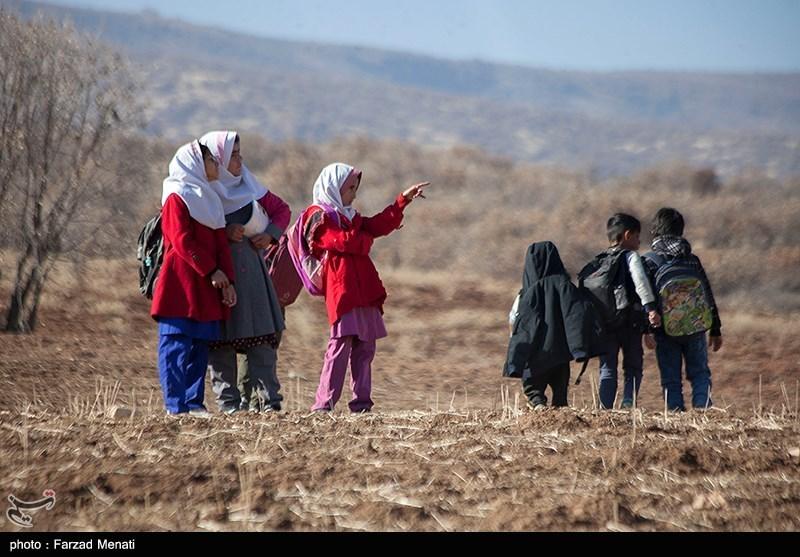 کرونا 210 هزار دانشآموز ایرانی را از تحصیل محروم کرد