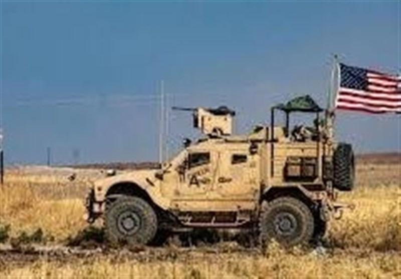 قوات الاحتلال الأمریکی تدخل 30 شاحنة لدعم قاعدتها فی الشدادی جنوب الحسکة
