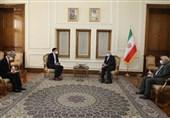 ظریف: اقدام غیرقانونی بانکهاى کره، دیدگاه مردم ایران نسبت به کره را بهشدت منفى کرده است