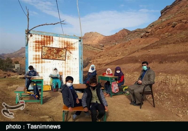 مدرسه مجازی و محرومیت دانشآموزان روستایی پلدختر؛ تحصیل کرونایی در مدارس+تصاویر