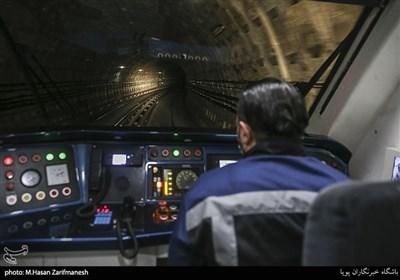 بازدید شبانه مسئولان مترو، آتشنشانی و اورژانس از مترو تهران
