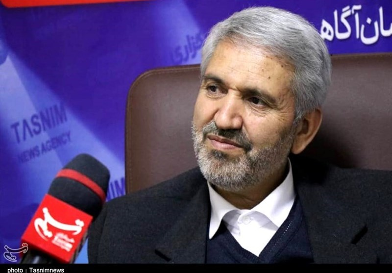 انتقاد رئیس مجمع نمایندگان استان مرکزی از نحوه واگذاری زمین در شهرکهای صنعتی/ تمام متقاضیان با دست خالی برگشتند