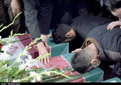 خاکسپاری ۵ شهید گمنام در ۴ نقطه از کشور