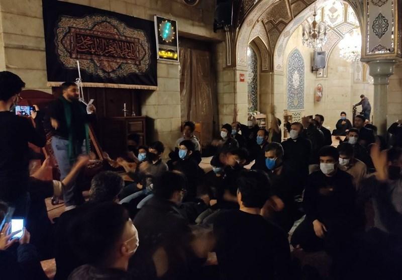 عزاداری رزمندگان فاطمیون در جوار ضریح حضرت رقیه(س)+عکس و فیلم
