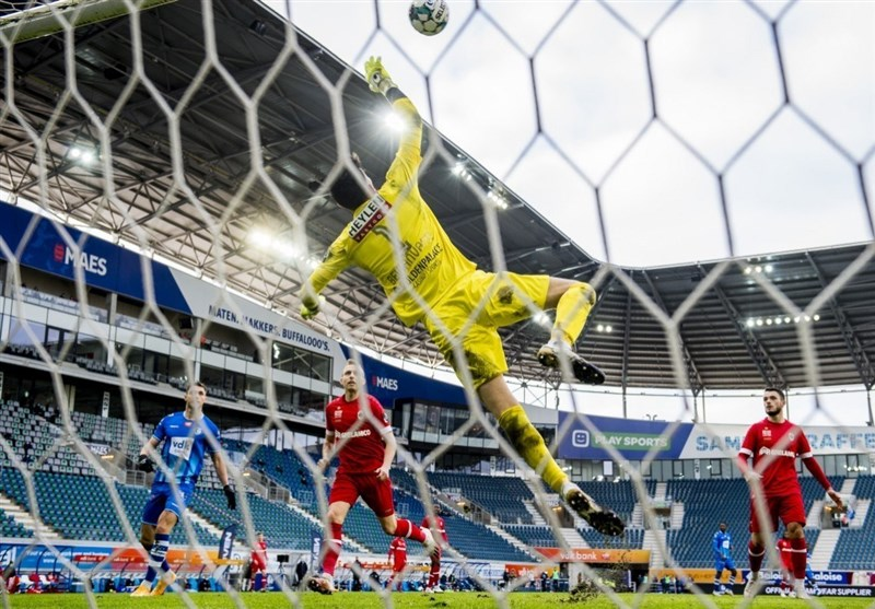 Two Iranian Goalkeepers Nominated for AFC International Player of Week
