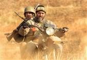 """کامبیز دیرباز: قهرمان جدیدی را با """"تکتیرانداز"""" به ویترین سینمای ایران اضافه کردیم/ ماجرای قبرستان سربازان آمریکایی چیست؟ + فیلم"""