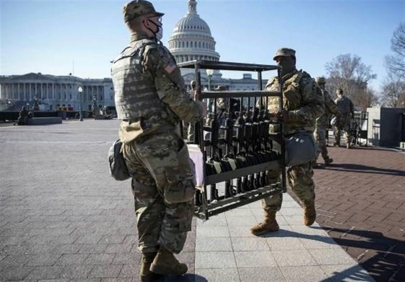 تحلیف در شهر حکومت نظامی؛ مراسمی مشابه مراسم آمریکای درگیر جنگ