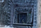 سقوط 7 متری کارگر به گودال + تصاویر