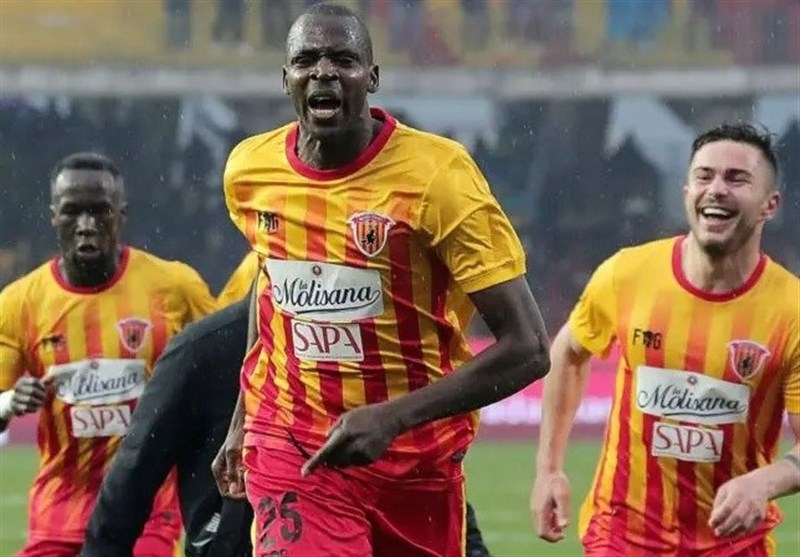 Benevento Eyes Esteghlal Forward Diabate