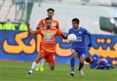 لیگ برتر فوتبال  یک نیمه بدون گل نتیجه تقابل استقلال و سایپا