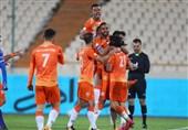 لیگ برتر فوتبال  شکست استقلال مقابل استاد تساویها/ اتفاق بد رخ داد!