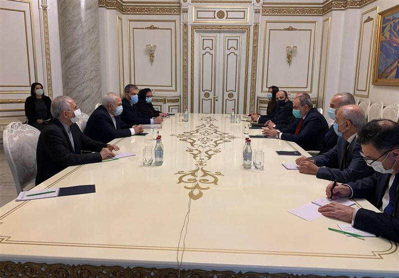 Iranian FM, Armenian PM Meet in Yerevan