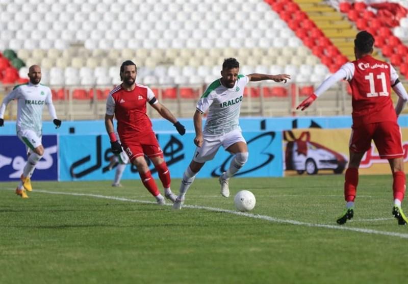 احمدی: فولاد از شکست برابر آلومینیوم فرار کرد/ آمدن منصوریان شرایط تیم ما را تغییر داد