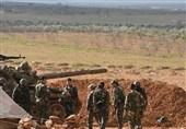 آتش توپخانه ارتش سوریه علیه مواضع تروریستها در حومه حماه و جنوب ادلب