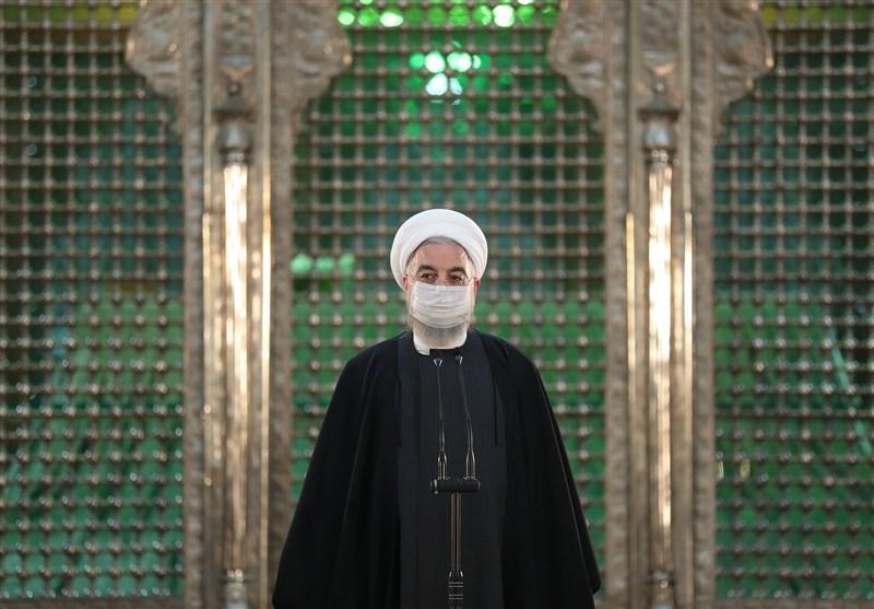 روحانی: 12بهمن سال 57 «یوم الخمینی» است/ امام حاکمیت اسلام را با حکومت مردم تلفیق کرد