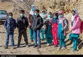 110 بسته لوازمالتحریر به دست دانشآموزان مناطق محروم رسید + عکس و فیلم