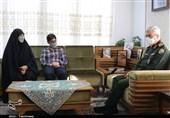 سرلشکر باقری با خانواده شهید مدافع حرم بادپا دیدار کرد + تصویر