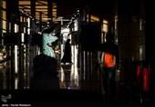 گزارش دوربین تسنیم از دومین روز جشنواره فیلم فجر| شیشلیکخوری رضا عطاران و اکران فیلم 15+/ حکومت نظامی در جشنواره + فیلم