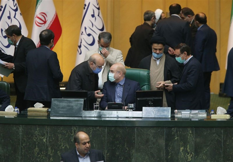Iran's Parliament Rejects Budget Bill