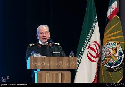 سرلشکر صفوی: با خروج نیروهای تروریستی آمریکا از منطقه، ایران حافظ صلح در غرب آسیا خواهد بود