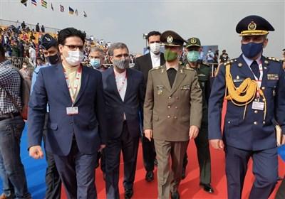 سفر وزیر دفاع به هند|بازدید امیر حاتمی از نمایشگاه صنایع هوایی