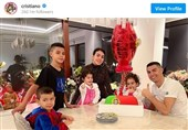 """فیلم// کریستیانو رونالدو: """"خانواده"""" مهمترین دارایی جهان است!"""