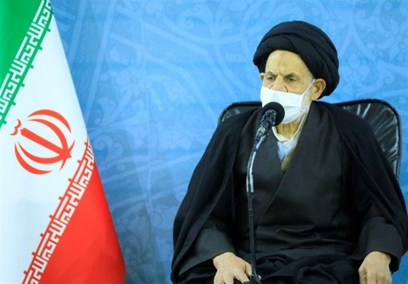 امام جمعه بیرجند: مشکلات داخلی مهمترین معضل در مسیر انقلاب است