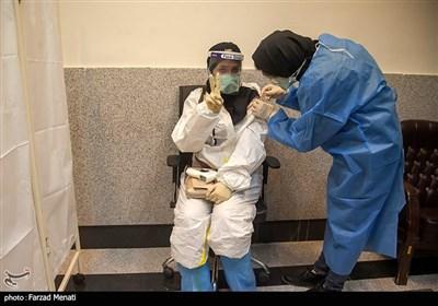 تزریق نخستین دوز واکسن کرونا - کرمانشاه