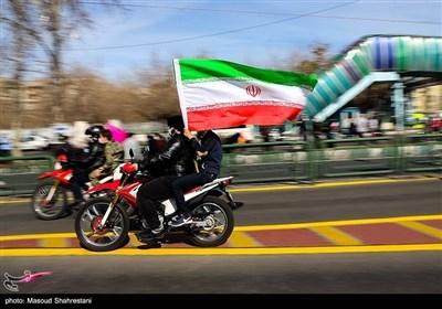 مسیرات ذکرى انتصار الثورة الاسلامیة فی طهران