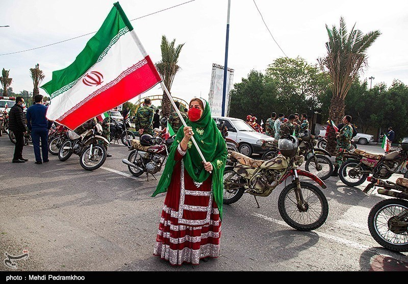 رژه خودرویی و موتوری 22 بهمن در یزد