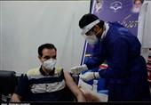 تزریق نخستین واکسن کرونا در بیمارستان خاتمالانبیاء(ص) زاهدان به روایت تصویر