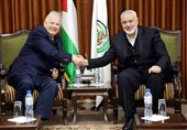 گفتگوی تلفنی هنیه با رئیس کمیسیون انتخابات فلسطین