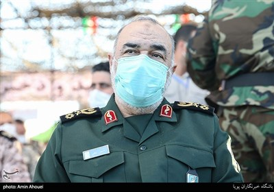 دستور سردار سلامی به سپاههای استانی؛ از راهاندازی داروخانههای سیار تا تامین مایحتاج خانوادههای کرونایی