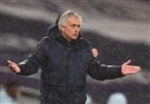 مورینیو: پنالتی مدرن ما را در شرایط دشواری قرار داد/ از رویکرد بازیکنانم خیلی راضی هستم