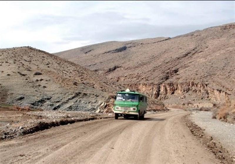روستائیان برای داشتن جاده آسفالت تا کی انتظار بکشند؟