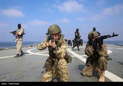 المناورات البحریة الایرانیة الروسیة.. تحریر سفینتین مختطفتین