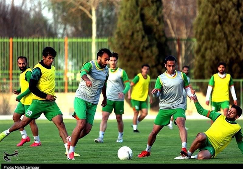 پیروزی 3 گله ذوبآهن برابر سپاهان نوین در نخستین تجربه سرمربیگری حسینی