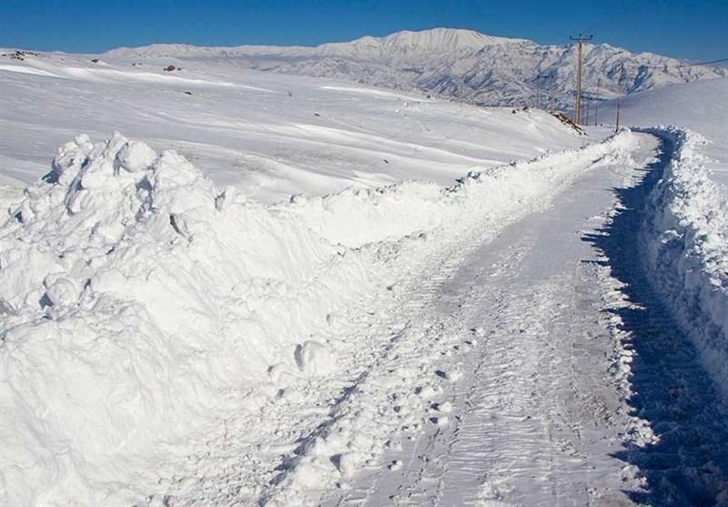 آخرین خبرها از برف و باران در لرستان| از محاصره 600 روستا در برف تا قطع برق و ریزش کوه