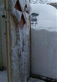 کمبود امکانات راهداری برای بازگشایی راهها؛ برخی از روستاهای اشترینان همچنان در محاصره برف قرار دارد
