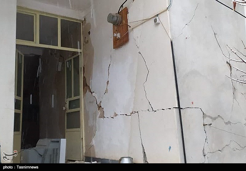 خسارات زلزله سیسخت در استان کهکیلویه و بویراحمد