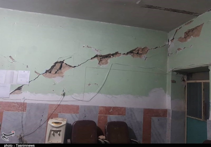 آسیب زلزله به 64 مدرسه سیسخت/8 مدرسه باید کامل تخریب شوند