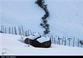 بارش شدید برف در گیلان؛ رانندگان تجهیزات زمستانی همراه داشته باشند