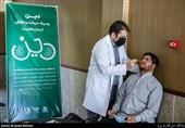 کادر بهداشت دوشادوش کادر درمان در جبهه مقابله با کرونا تلاش میکنند
