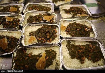 طبخ و توزیع غذای گرم بین نیازمندان در شب میلاد امام جواد (ع) در گرگان