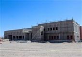 120 هزار نفر در بلوچستان معطل ساخت بیمارستان/ سیب و سوران کی صاحب بیمارستان می شود؟ + فیلم