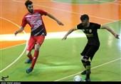 هفت نفر از اعضای تیم فوتسال بازارهای کوثر اصفهان به کرونا مبتلا شدند